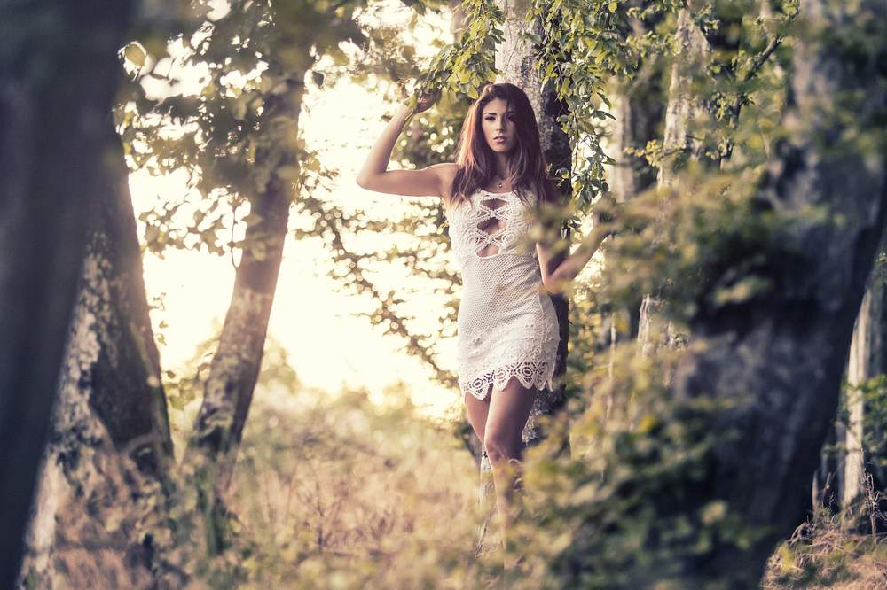 photographe portrait exterieur nancy lumiere naturelle du soir jessica